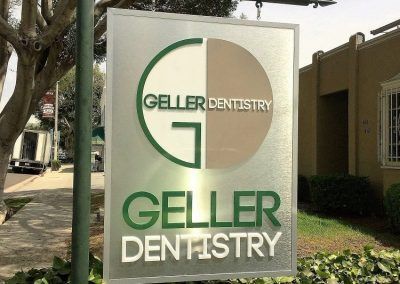 Custom Post and Panel Sign for Geller Dentistry in Los Angeles, CA