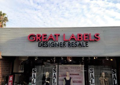 Retail Business Sign for Great Labels in Santa Monica, CA